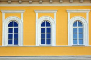 sztukateria okienna elewacyjna
